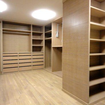 Шкафы в гардеробную комнату №12