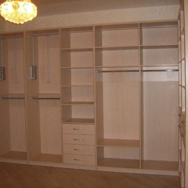 Секции с вешалками в гардеробную комнату №5