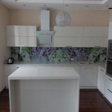 Белая матовая кухня из акрила №18