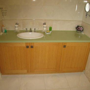 Мебель в ванную с фысадами из массива №67
